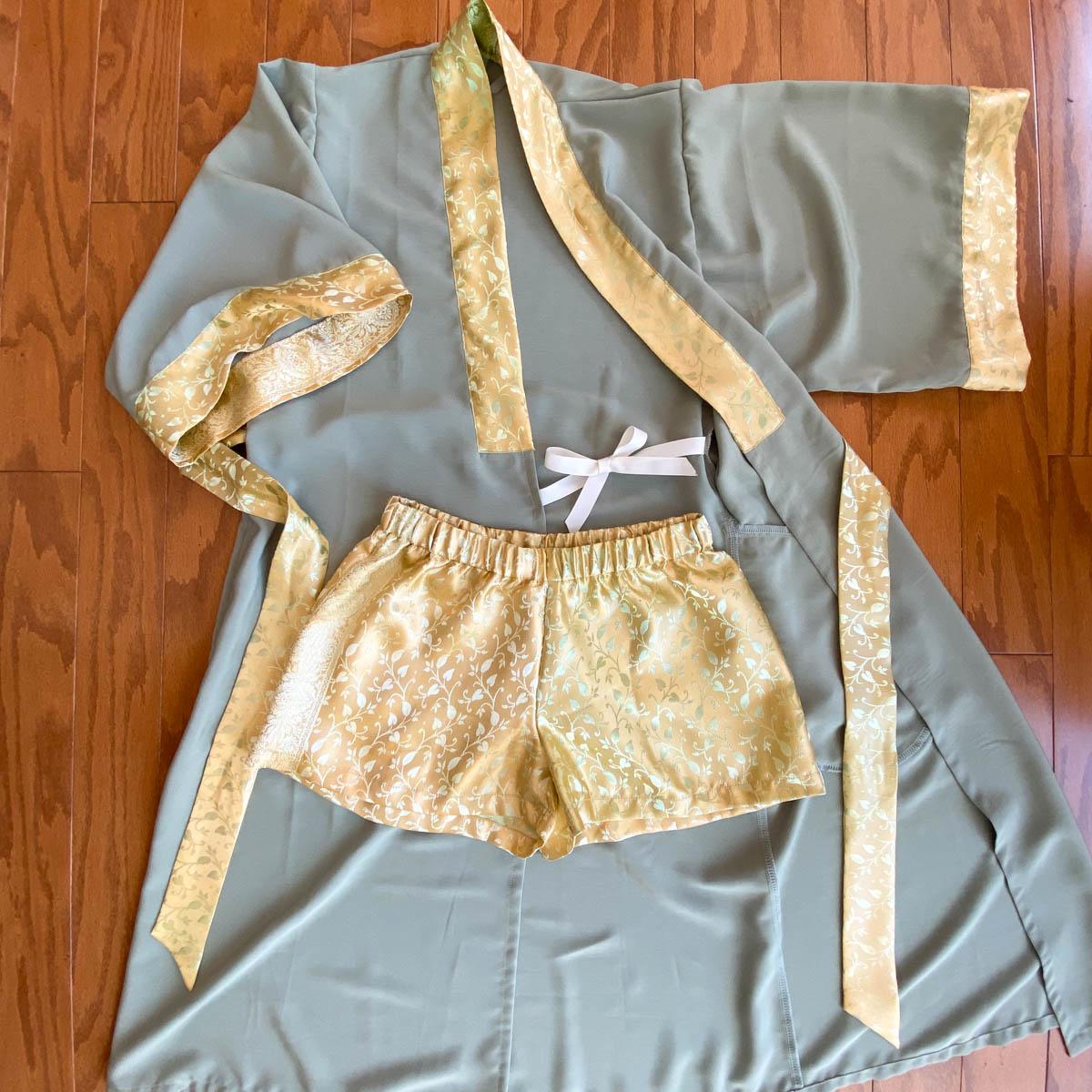 Helen's Closet – Silk Suki Robe